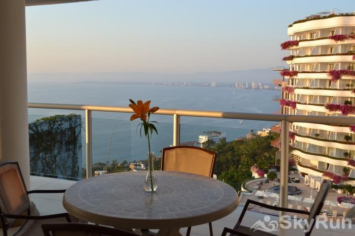 Spectacular Penthouse OceanView 1BDR | Outdoor Pool, PRME Location Best Balcony view ever in Puerto Vallarta